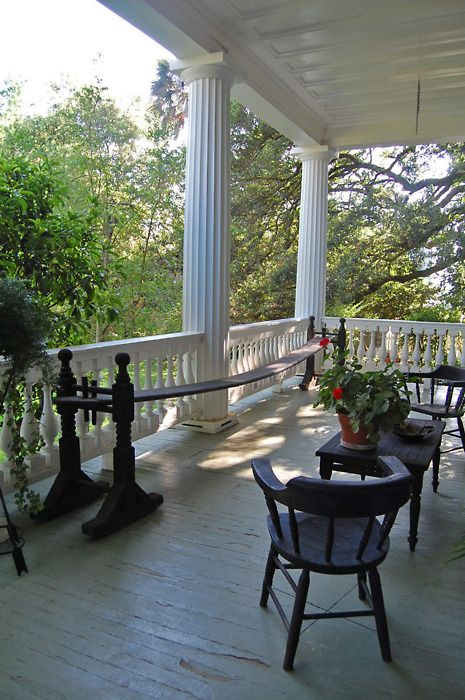Best 25 old southern homes ideas only on pinterest for Southern homes with porches