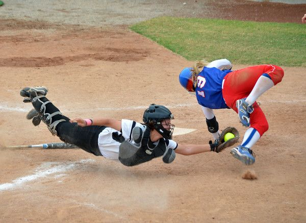 Impressive attempt to tag and impressive hook slide! This is what effort looks like!!