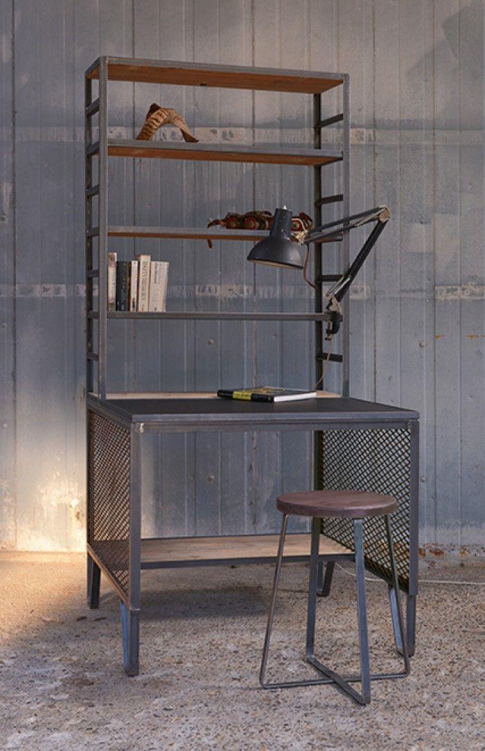 Industriele werkplek - modern industrial home office een bureau/boekenkast combinatie een eigen plek voor je computer - thuiswerk en bits & pieces.