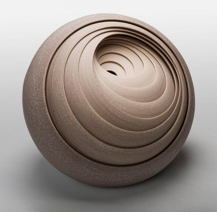 Ceramic Art by Matthew Chambers. (via Ceramic Art by Matthew Chambers | Home Adore)