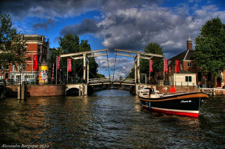 Amsterdam / by Alessandro Borgogno