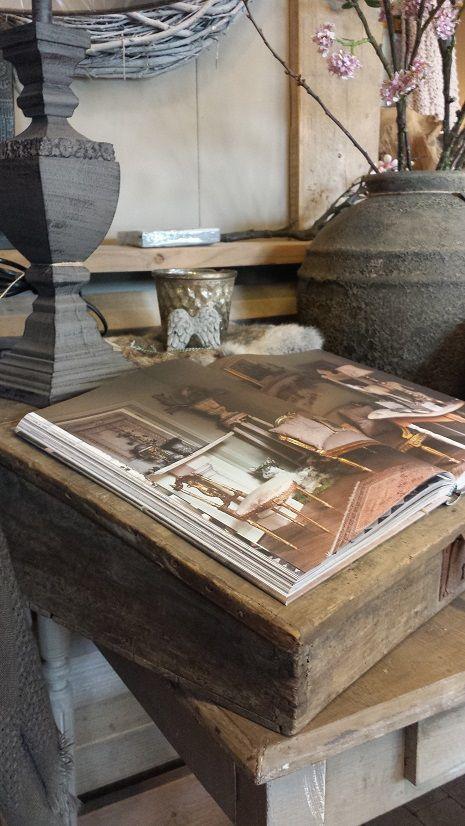Mooi oud schrijfkastje / lessenaar @ GoedGevonden Koog aan de Zaan , zie online shop.