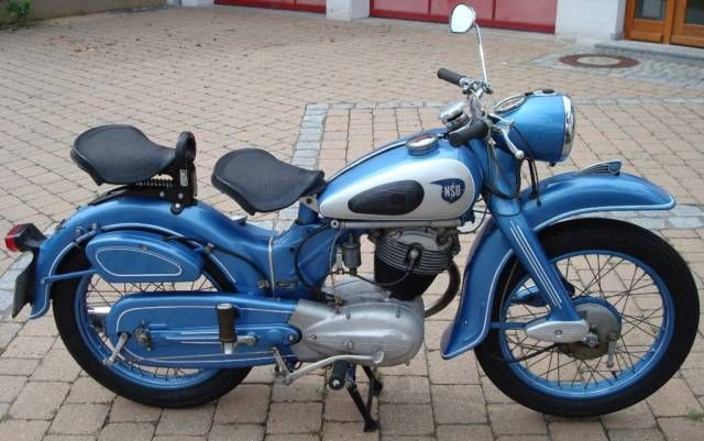 1953 NSU Max, a 250 cc motorbike with a unique overhead camdrive with connecting rods. All these new models had an innovative monocoque frame of pressed steel and a central rear suspension unit.