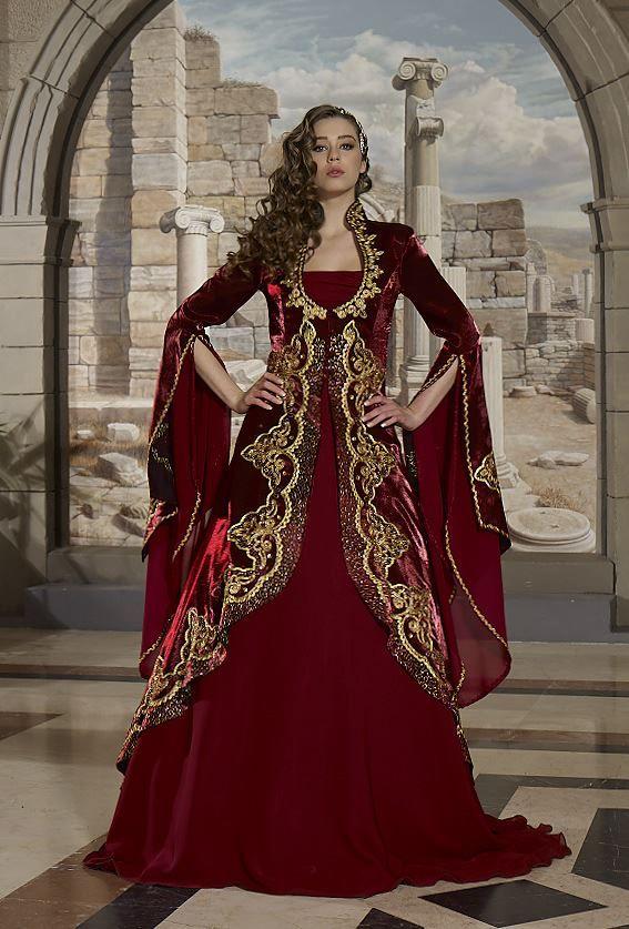 Şehrazat-Bordo... Çok güzel kına kıyafeti. bayıldım :)