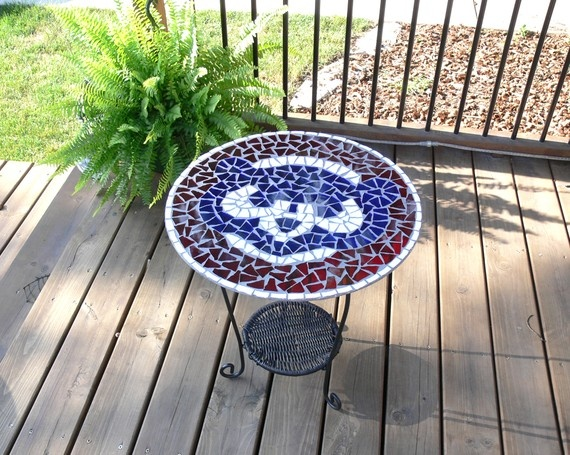 Chicago Cubs mosaic table... I want this!!!!!