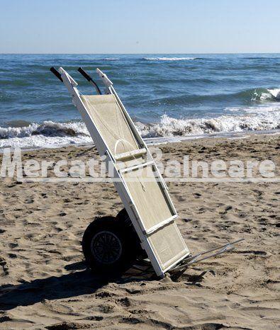 Carrello porta lettini da spiaggia in acciaio INOX - Mercatino Balneare Carrello in acciaio inox. Ideale per il trasporto di lettini su sabbia. Dimensioni (cm.): 60 x 60 x 160  http://www.mercatinobalneare.it/prodotto/carrello-porta-lettini-spiaggia-acciaio-inox/  #stabilimentobalneare #attrezzaturabalneare #attrezzaturabalneareusata #mercatinobalneare #attrezzaturabalnearenuova #annunciusato #lido #spiaggia #camping