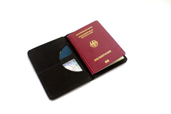 Porta Pasaporte para pasaportes, tarjetas, papeles y billetes (Color: Negro)