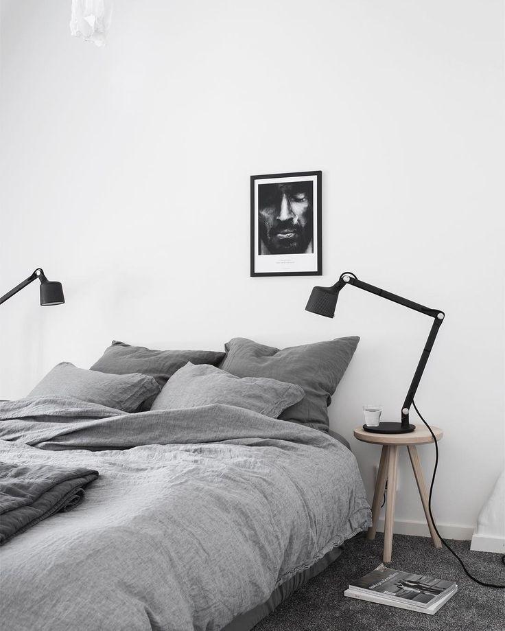 Minimalistsich Eingerichtetes Schlafzimmer