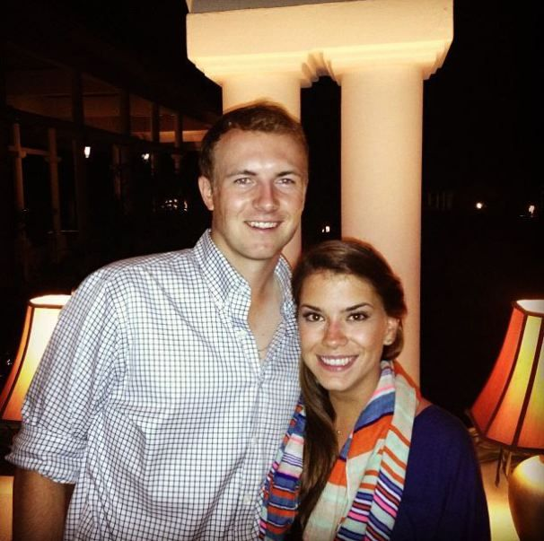 He may not have won the match play but he's still a winner with her around. Jordan Spieth, Girlfriend Annie Verret!
