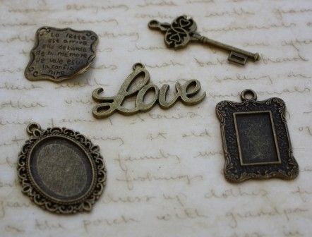 20 x Mixed Charms Antique Bronze Style - by CreativeBirdSupplies on Craftumi