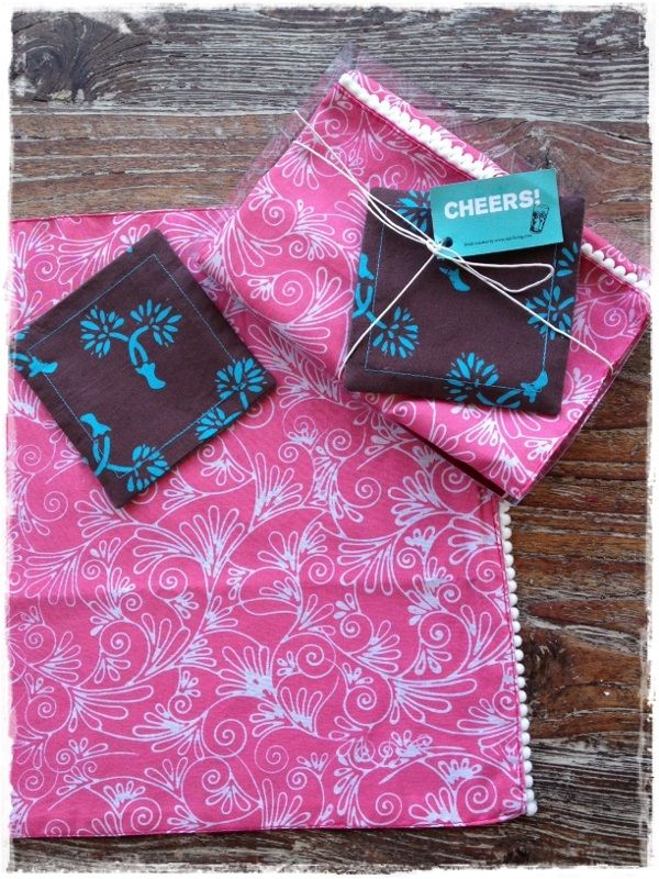 Gift pack - 2 placemats and 2 coasters