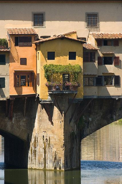 Ponte Vecchio, Florence by Marcus Reeves, via Flickr