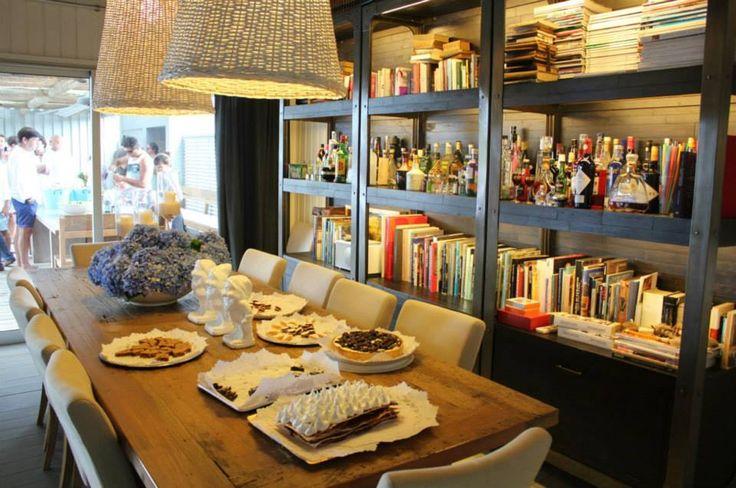 Marabierto mesa de comedor harvest sillas v en lino for Mesa rinconera comedor