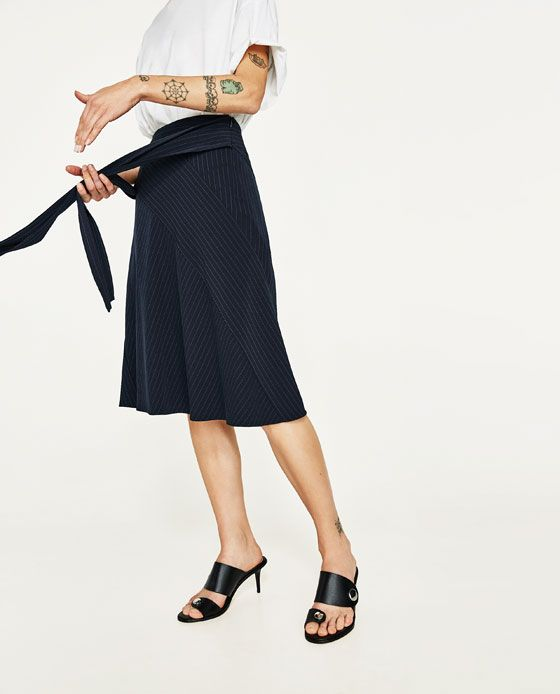 Image 4 of PINSTRIPE SKIRT WITH BELT from Zara