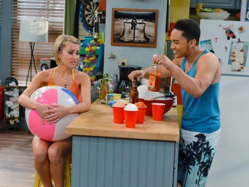 Baby Daddy Season 1 Episode 9 - A Wheeler Family Christmas Outing