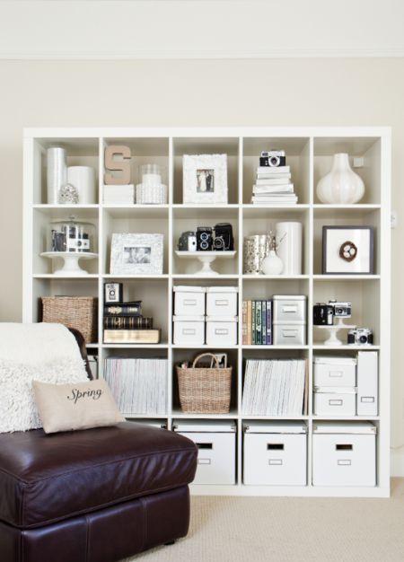 KALLAX open kast via Boxwood Clippings Blog | IKEArepint IKEAnederland boekenkast vakkenkast opberger woonkamer