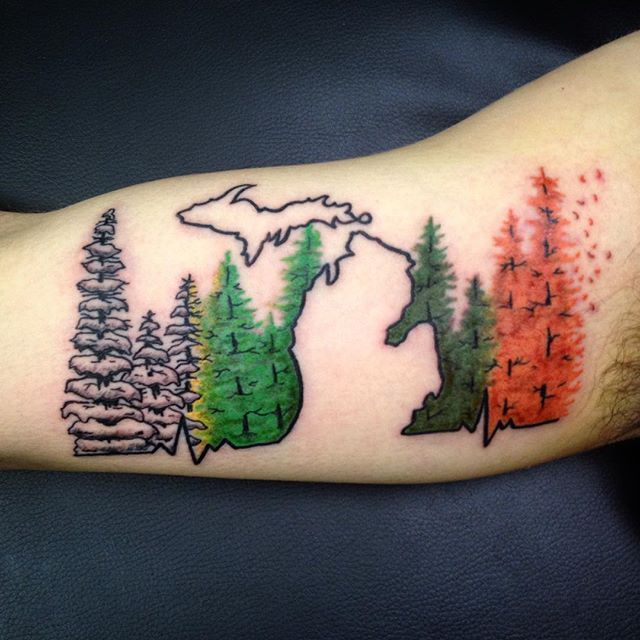 MICHIGAN'S FOUR SEASONS [Had a lot of fun doing my first mitten shaped tattoo, I…
