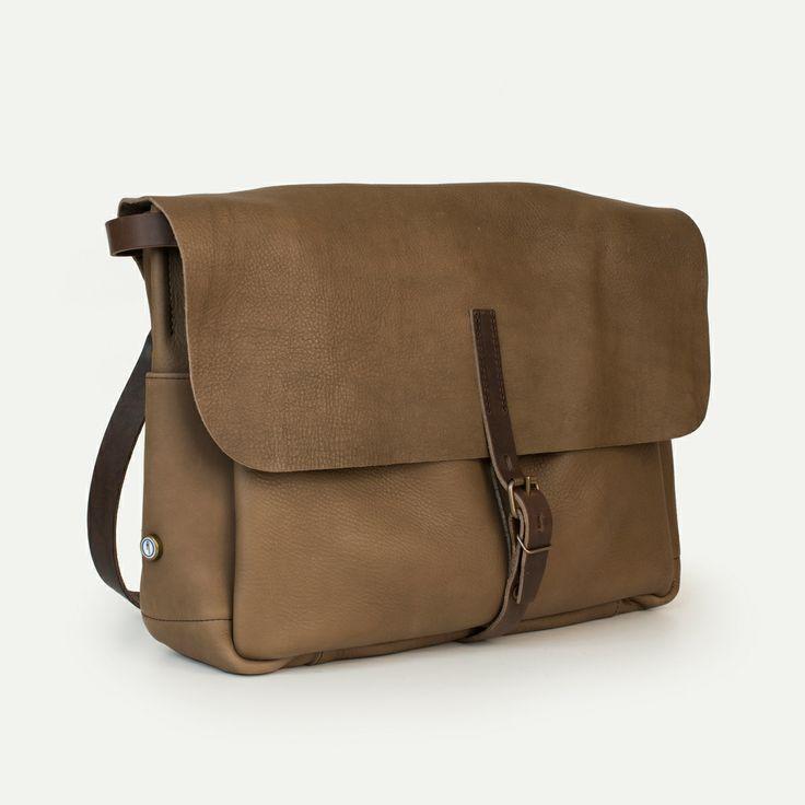 Bleu de Chauffe | Men | Leather messenger bag | Joris Postman Bag | Sac cuir Made in France