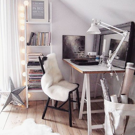 Holiday Highlights on a White Backdrop home decor 7