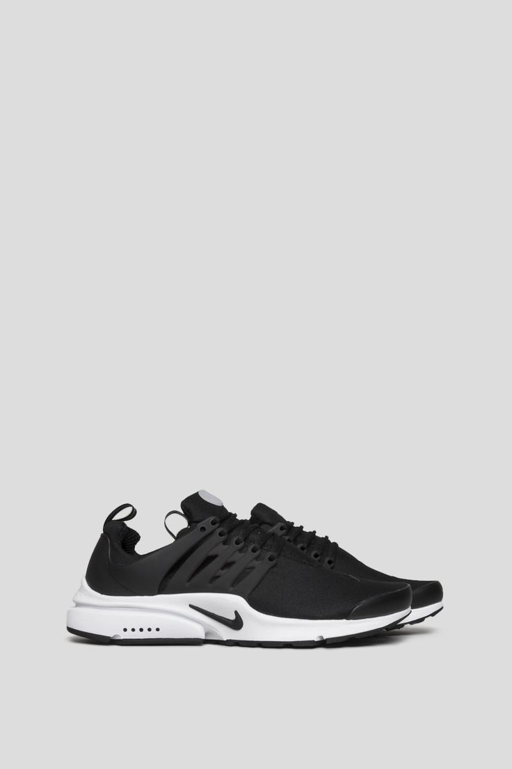 The Nike Air Presto Essential Men's Shoe is inspired by the comfort and  minimalism of a classic T-shirt for lightweight everyday comfort.