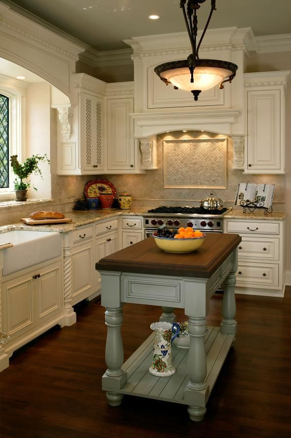 Plan An English Country Style Kitchen Awesome Cottage Kitchen