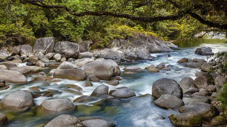 https://flic.kr/p/CVXvTh   Mossman Gorge, Daintree National Park, Far North Queensland, Australia (II) :: 0.6 ND Lee Filters   One of my favourite gorge in far north queensland which is just slightly an hour drive from Cairns. Love the colour of the water and the smooth rocks/boulders. A great place for the locals especially those with kids who love to have a good swim during summer and picnic at certain area of the gorge. ---------------------------------- About Mossman Gorge, Daintree N...