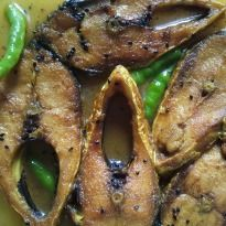 Ilish Machher Jhol (Hilsa Fish Curry) Recipe - Hilsa fish curry: This Bengali recipe is very easy to prepare, tastes delicious and is a great accompaniment with steamed rice.