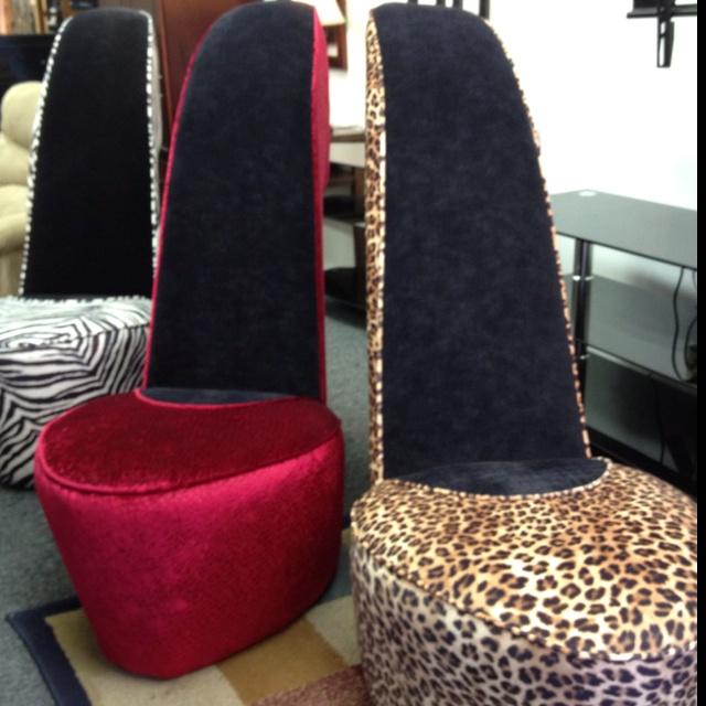 High heel chair... NEED