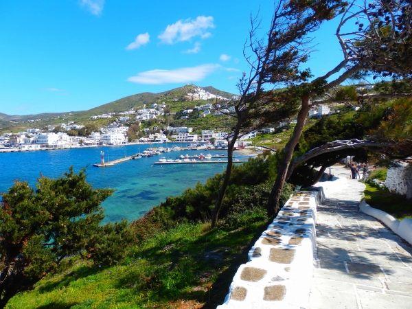 Walking path to the port of Ios island, Ormos