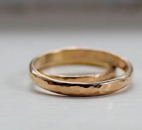Einfache Hochzeitsband Set rustikale Gold Eheringe für von tinahdee
