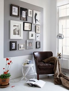 Love the black, white, and grays between the frames and the wall