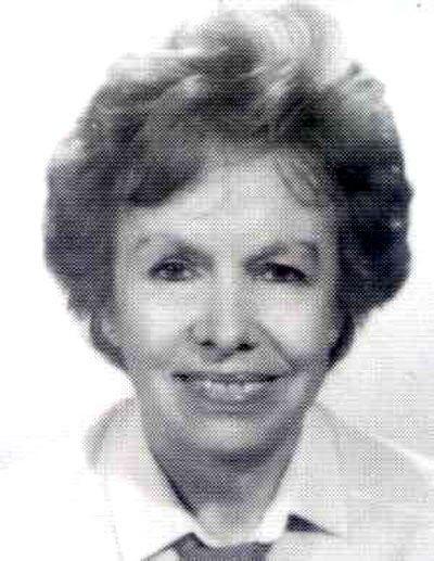 Olga García fue doctora en Ciencias y profesora de investigación del CSIC en el Instituto de Óptica.  Especialista en obtención y análisis de espectros atómicos de interés astrofísico, y en cálculos teóricos de configuraciones atómicas.  Completó su formación en el Instituto de Física de la Universidad de Lund .  Estudió los espectros atómicos del Manganeso,  Níquel, del Vanadio , del Wolframio y sus configuraciones electrónicas.