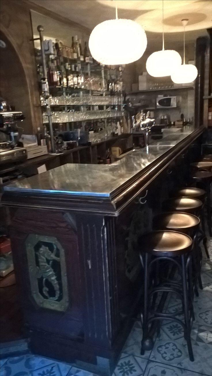 14 best vieux bars en zinc images on pinterest. Black Bedroom Furniture Sets. Home Design Ideas