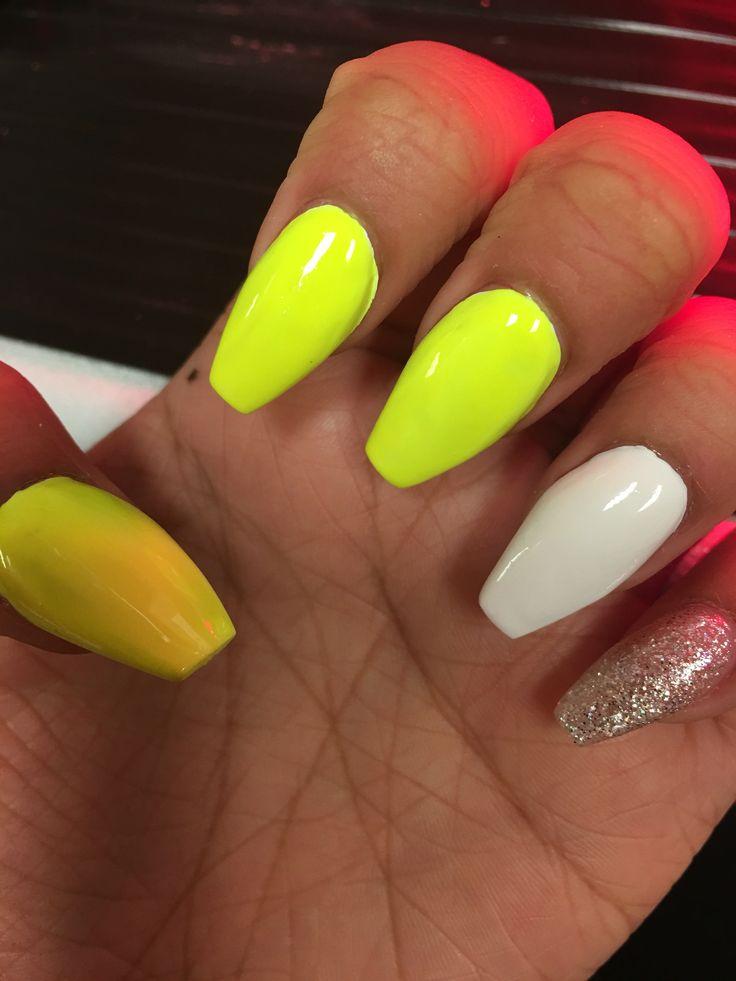 Best 25+ Neon yellow nails ideas on Pinterest | Summer ...