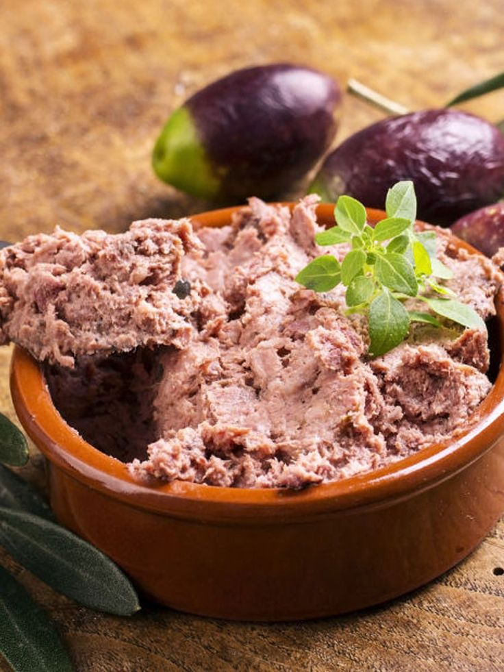 Traditional Chopped Liver can be made at home! Pin this kosher recipe now, make later! http://www.joyofkosher.com/recipes/thebestchoppedliver/