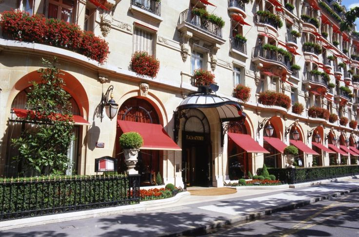 Paris: Two Banks, Three Hotels, One Incredible Experience