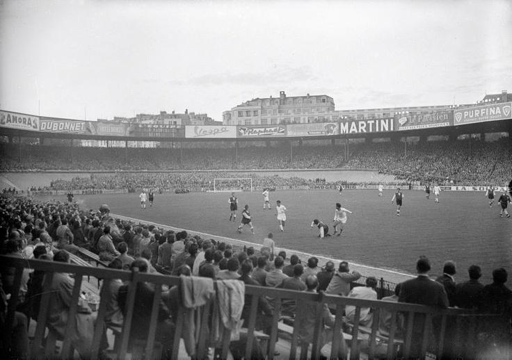 Finale de Coupe des clubs champions 1956 au Parc des Princes. Real Madrid 4-3 Stade de Reims.