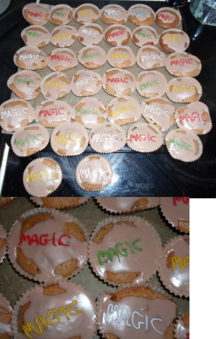 Magic muffins. Made for my fiance and the other players when he went to participate in a Magic The Gathering tournament.