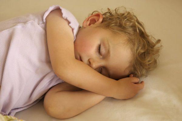 10 consigli Montessori per aiutare il bambino a fare la nanna - Nostrofiglio.it