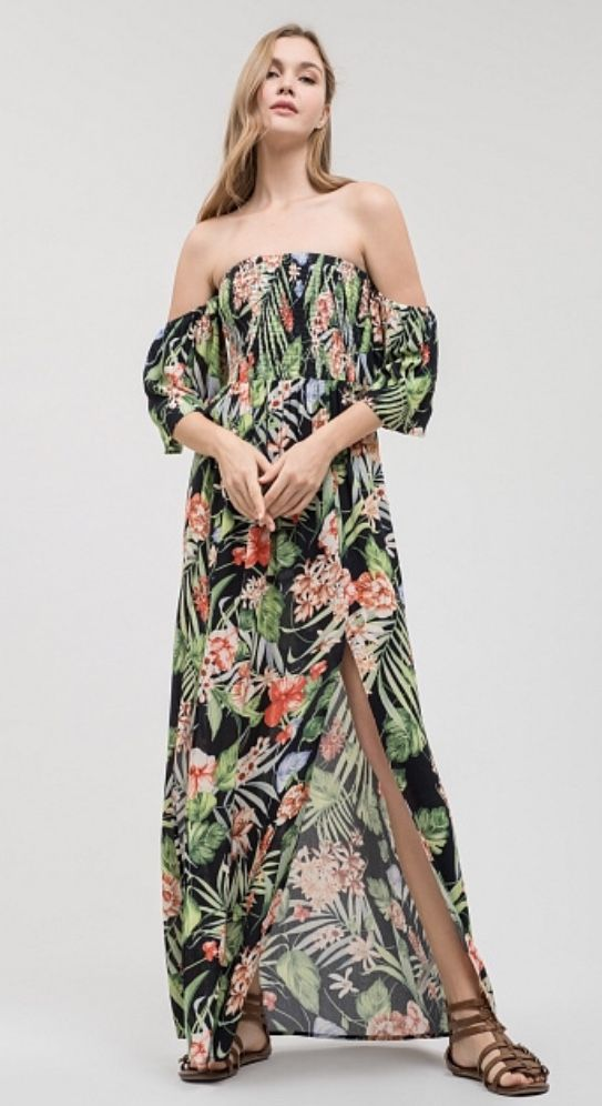 Maxi green floral super light weight Spring 2018 dress! A must have for  your maxi collection! 08c0665bb