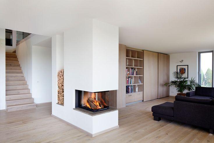 raumteiler kamin bauhaus look stil f r wohnbereich mit. Black Bedroom Furniture Sets. Home Design Ideas