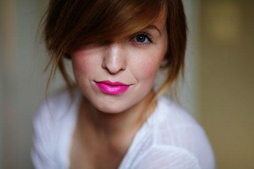 lipstickHair Colors, Hot Pink Lipsticks, Makeup, Beautiful, Bangs, Barbie, Foxes, Lips Colors, Bold Lips