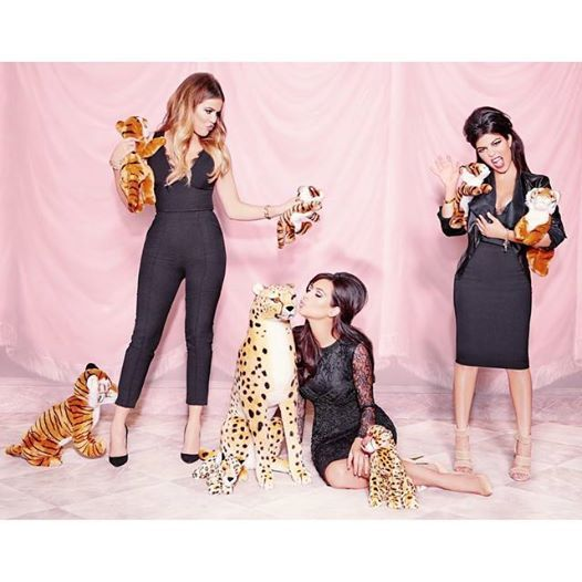 La nouvelle #KardashianKollection est enfin disponible! : https://livealikeblog.wordpress.com/2014/10/29/la-nouvelle-kardashian-kollection-est-enfin-disponible/