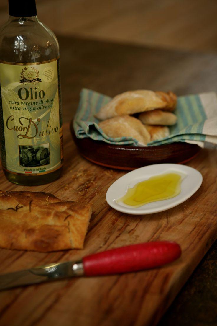 Pretty Beach House Bouddi Peninsula olive-oil