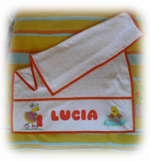 toalla personalizada para bebe pintada a mano