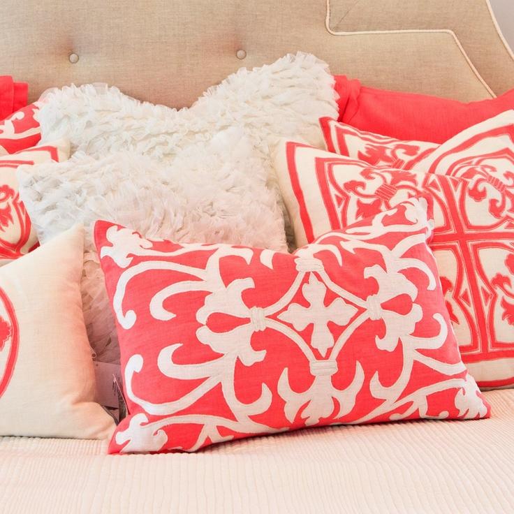 Best 25+ Coral Bedspread Ideas On Pinterest