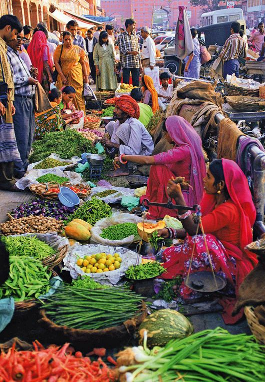 Market in Jaipur, India. Jaipur is the capital and largest city of the Indian state of Rajasthan in Northern India. (V)