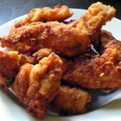 Breaded Chicken FingersChicken Nuggets, Buttermilk Marinades, Dips Sauces, Breads Chicken, Dipping Sauces, Chicken Fingers, Chicken Strips, Lights Breads, Chicken Breast