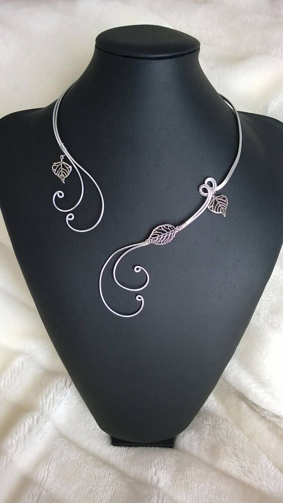 OPEN COLLAR NECKLACE  Silver wire necklace Leaves necklace