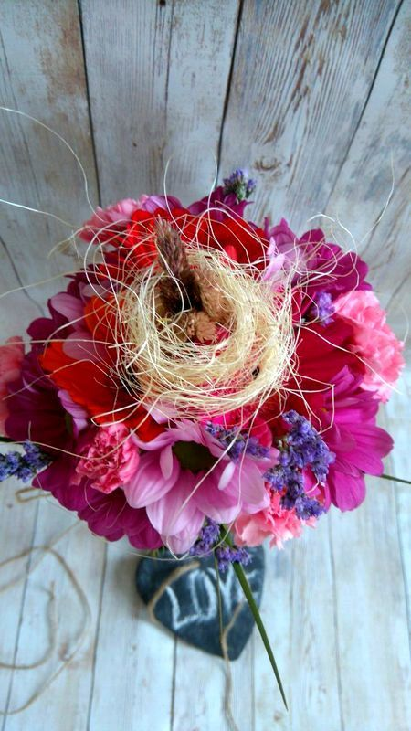 Rustic Bridal Bouquet for an unforgettable moment! by thehappylittlejar on Etsy